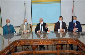"""""""التعليم"""" تعقد اجتماعا لمتابعة حصاد التنمية المهنية للارتقاء بالمستوى الأكاديمي لمادة التخصص للمعلمين"""