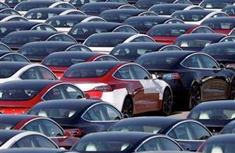 ضبط 121 سيارة مخالفة لشروط الإعفاءات الجمركية بجراجات تابعة لشركة سياحة بالقاهرة