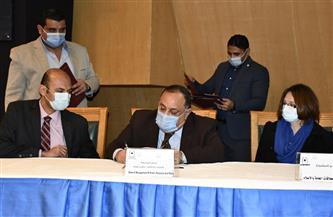 توقيع وتسليم عقود ١٣ مشروعا تنفيذيا للخطة الإستراتيجية لجامعة حلوان|صور