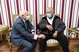 محافظ بورسعيد يستقبل البطل الفدائى أحمد هلال ونجلة البطلة زينب الكفراوى | صور