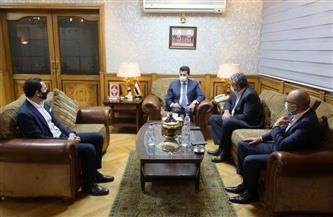 وزير الرياضة يستقبل اللجنة الثلاثية المكلفة بإدارة اتحاد كرة القدم | صور