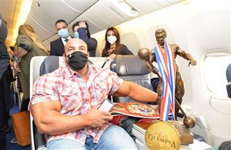 «بيج رامي» يحتفل بلقب «مستر أولمبيا» داخل الطائرة | صور