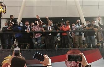 «بيج رامي» يجوب شوارع القاهرة بالأتوبيس المكشوف احتفالا بلقب «مستر أولمبيا»