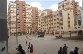 نائب محافظ القاهرة يتابع تسكين أهالى عزبة الهجانة في مشروع أهالينا