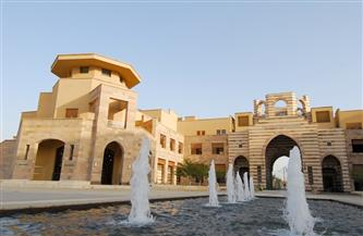 «التعليم» توقع مذكرة تفاهم مع الجامعة الأمريكية بالقاهرة لدعم برنامج المنح الجامعية للطلاب