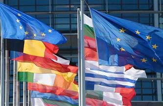 الاتحاد الأوروبي ينصح بعدم السفر لتفادي تفشي سلالات كورونا الجديدة