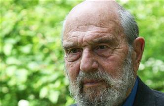 وفاة جورج بلايك آخر جواسيس الاتحاد السوفيتي البريطانيين من الحرب الباردة