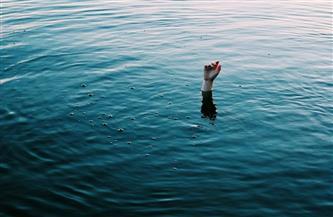 لمعاناتها من الاكتئاب.. إنقاذ سيدة ألقت نفسها بمياه البحر بالإسكندرية فى محاولة للانتحار