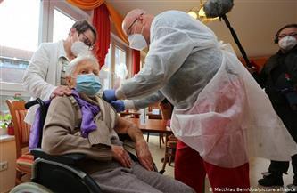سيدة عمرها 101 عام أول من تتلقى لقاح كورونا في ألمانيا