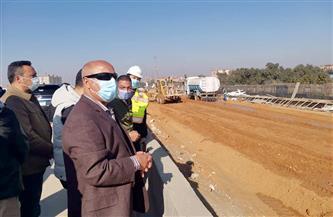 وزير النقل: الدائري أهم المحاور المرورية بالقاهرة ويستوعب 213 ألف سيارة يوميا|صور