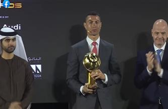كريستيانو رونالدو يفوز بجائزة لاعب القرن| فيديو