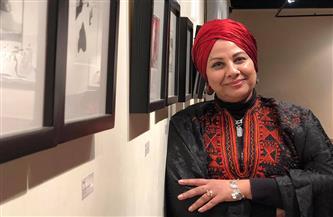 غادة أمبارك عن معرض «الأحجية»: حكايات من حياتى | صور