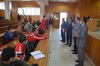رئيس جامعة سوهاج يشهد جلسات حوارية عن المهارات الشخصية وتنمية الولاء|صور