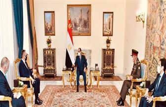 الرئيس السيسي: التعاون العسكري بين مصر واليونان وقبرص يعتبر نموذجا متزنا لحسن الجوار