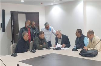 رئيس الاتحاد المصرى لكرة اليد يتسلم المقر الجديد بالصالة المغطاة بـ 6 أكتوبر