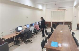 145 طالبًا وطالبة بكلية الطب البيطري يؤدون امتحانات العملي إلكترونيا لأول مرة بجامعة سوهاج/ صور