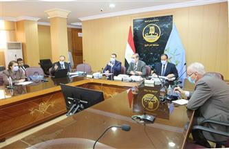 محافظ كفر الشيخ يبحث مؤشرات الوضع السكاني   صور
