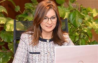 وزيرة الهجرة تتواصل مع المصري الذي ساعد الشرطة الأمريكية في القبض على قاتل هارب