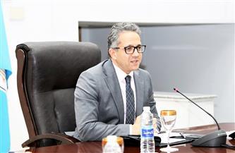 وزير السياحة والآثار: الشركات تعمل على حل أي مشكلة تخص المصريين العالقين بالخارج