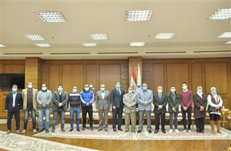 رئيس جامعة كفرالشيخ يلتقي أعضاء مجلس اتحاد الطلاب الجديد    صور