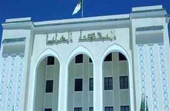 مسئولون جزائريون سابقون يواجهون أحكاما ما بين 8 إلى 10 سنوات في قضايا تتعلق بالفساد