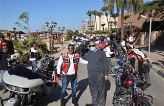 سكرتير محافظة الأقصر يلتقي فوج قائدي الدراجات النارية بنادي هوكس مصر   صور