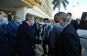 وزير العدل ومحافظ كفرالشيخ يفتتحان مركز توثيق الضواحي الجديد بحي سخا | صور