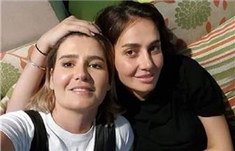 ماذا قالت هنا شيحة عن ارتباط شقيقتها بمعز مسعود | فيديو