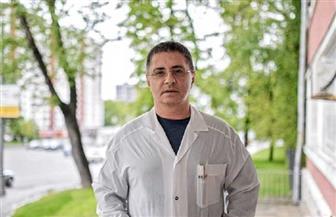 طبيب روسي يضع قائمة بأطعمة تحسن المزاج وأخرى تعجل الشيخوخة