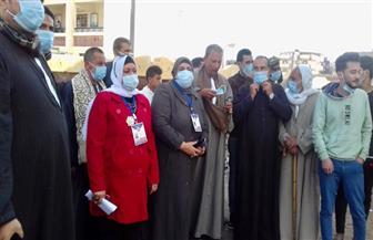 إقبال من السيدات وكبار السن للإدلاء بأصواتهم في انتخابات الإعادة لمجلس النواب بلجان كفرالشيخ| صور