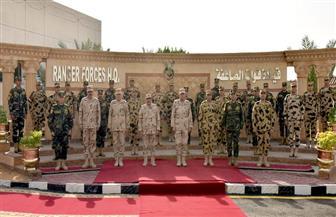 الفريق أول محمد زكي يلتقي عددا من مقاتلي قوات الصاعقة والمظلات
