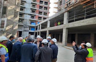 مسئولو وزارة الإسكان يتفقدون الأعمال الجارى تنفيذها بمشروعى الإسكان البديل وأبراج النيل بمثلث ماسبيرو| صور
