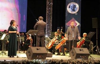 الإسكندرية تستعيد ذكرياتها مع «سمير سيف» بحضور فتحي عبد الوهاب | صور