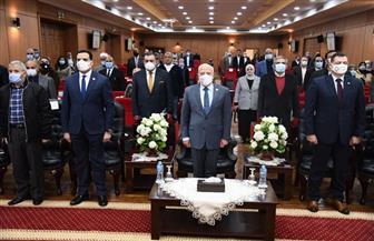 محافظ بورسعيد: الدولة المصرية نجحت فى تحقيق الوعى لدى الشباب بمشاركتهم في مكافحة الفساد   صور