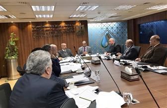 نائب وزير الإسكان يناقش مسودة قانون تنظيم مياه الشرب والصرف الصحي
