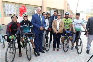 100 دراجة موزعة على 12 محطة للدراجات بالفيوم.. لدعم التنمية المستدامة|صور