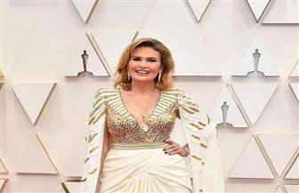 """يسرا تتألق على السجادة الحمراء في حفل """"أوسكار 2020"""""""