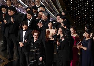 """الفيلم الكوري الجنوبي """"باراسيت"""" يفوز بجائزة أوسكار أفضل فيلم  صور"""