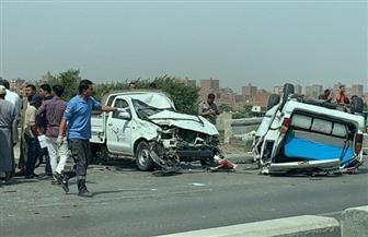 محافظ المنيا يتابع حالة المصابين في حادث تصادم طريق مقوسة