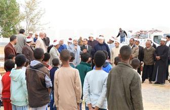 قافلة الأزهر في حلايب وشلاتين تبدأ تنفيذ أولى فعالياتها بالتواصل المباشر مع المواطنين