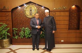 وكيل الأزهر يستقبل رئيس وزراء ولاية نجري سيمبلان الماليزية