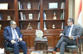 العناني يستقبل مدير المكتب الإقليمي لليونسكو بالقاهرة لبحث التعاون المتبادل | صور