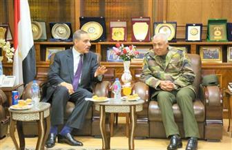 محافظ كفر الشيخ يستقبل رئيس الشركة الوطنية للمقاولات العامة والتوريدات لبحث التعاون | صور