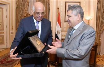 عبد العال يستقبل رئيس هيئة قناة السويس | صور