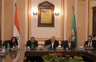 رئيس جامعة القاهرة: تجهيز 4 غرف استقبال وعزل للحالات المشتبه إصابتها بـ«كورونا» | صور