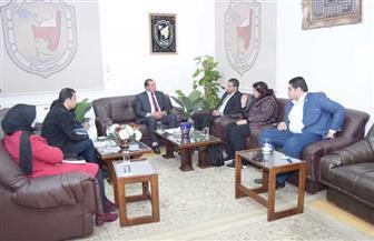 جامعة سوهاج تبحث مع «تحيا مصر» تنفيذ مبادرة «دكان الفرحة»