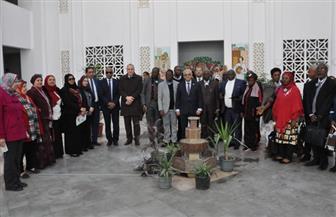الوفد المشارك بمؤتمر «تعزيز التعليم بالشرق الأوسط» يزور مدرسة مجمع الملك فهد ومدرسة السيدة نفيسة | صور
