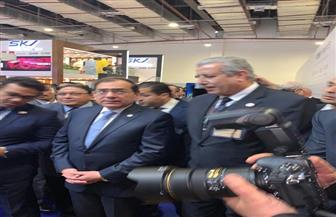 وزير البترول يزور جناح السهام البترولية   صور