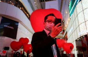 """""""حب كبير"""".. فيلان و3 آلاف طالب تايلاندى يرسلون تحية للصين في عيد الحب"""
