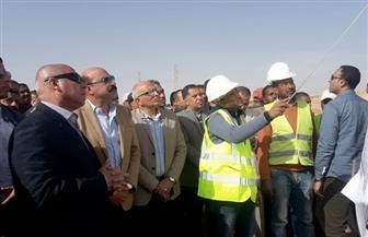 وزير النقل: تنفيذ ازدواج الطريق الصحراوي الغربي بمسافة 51 كيلومترا بأسوان